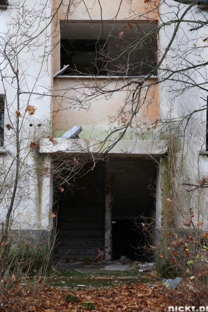 nickt-opuszczone-miasto-pstraze-strachow-poradzieckie-miasto-duchow-043-682x1024
