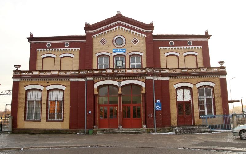pkp stacja dworzec luban lauban rozklad jazdy odjazdy pociagow nickt.pl