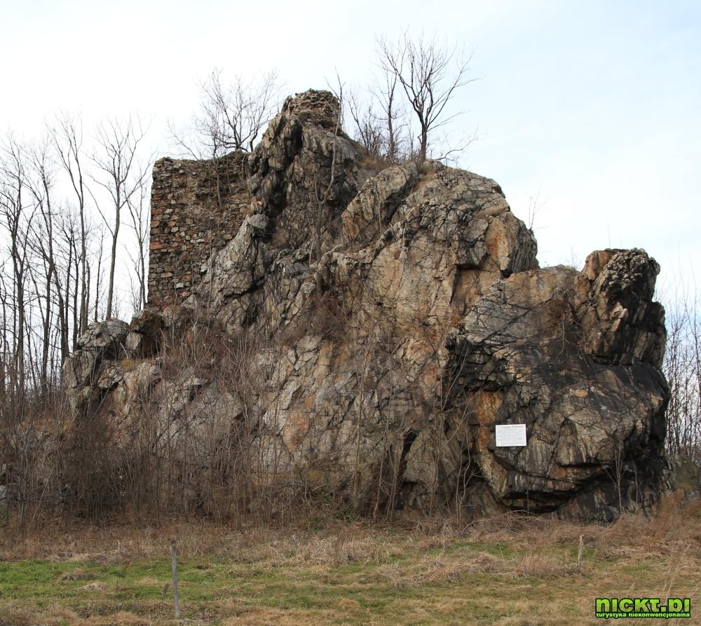 nickt.pl ubocze gryfow rzasiny lwowek zamek ruiny podskale 02