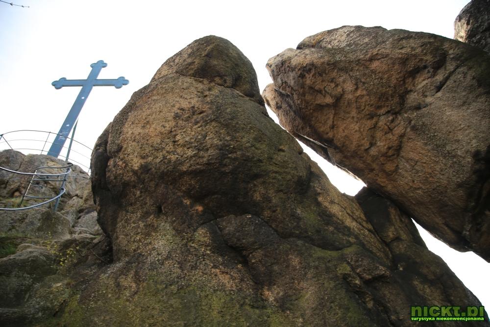 nickt rudawy janowickie gory sokole krzyzna gora punkt widokowy szczyt krzyz 006