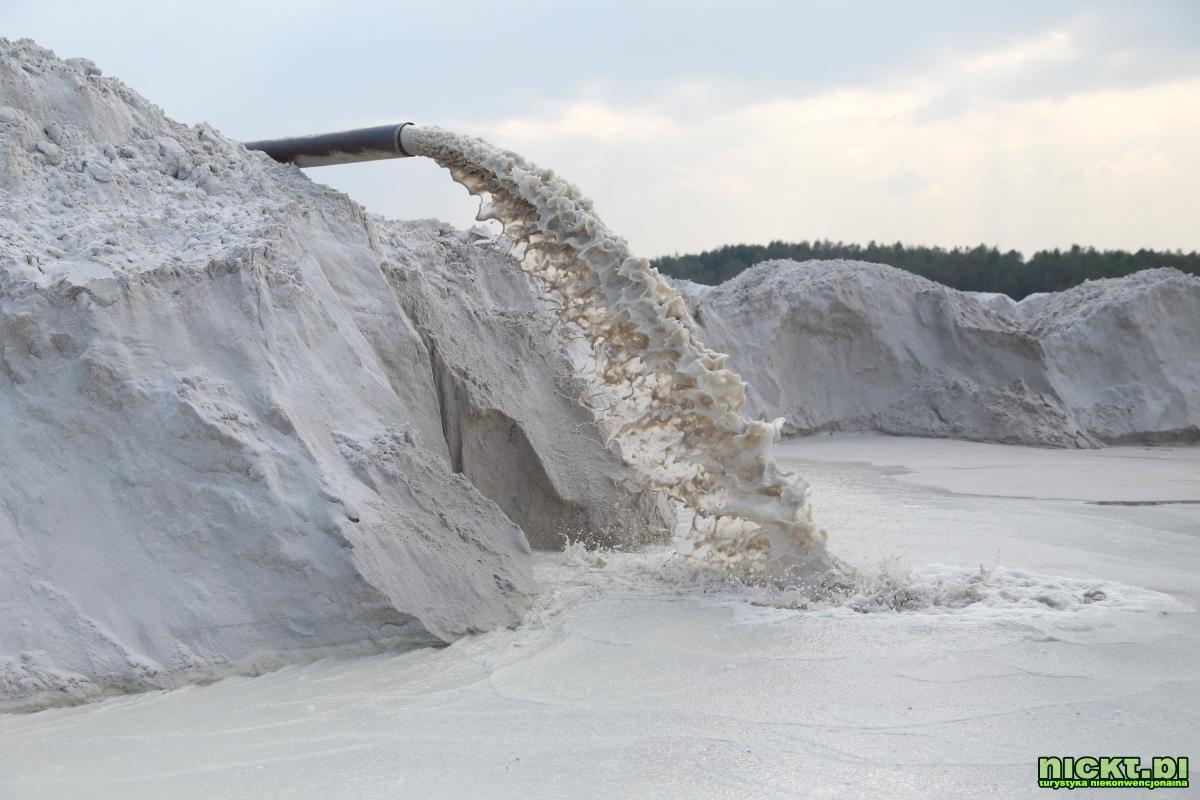 nickt_pl nowogrodziec zebrzydowa czerna halda kopalnia surmin kaolin wyrobisko jezioro staw woda bialy piasek 004