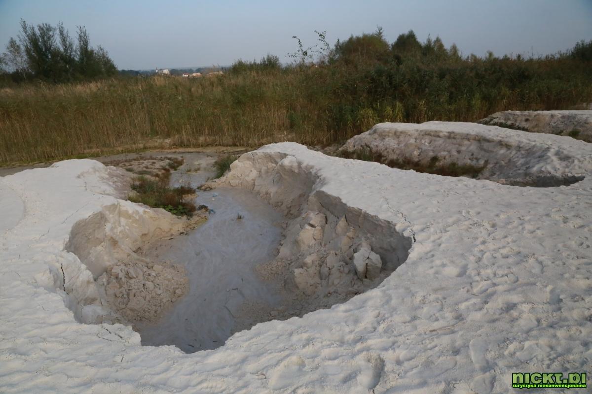 nickt_pl nowogrodziec zebrzydowa czerna halda kopalnia surmin kaolin wyrobisko jezioro staw woda bialy piasek 011